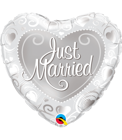 "15796 Just Married Hearts Silver (18"")"